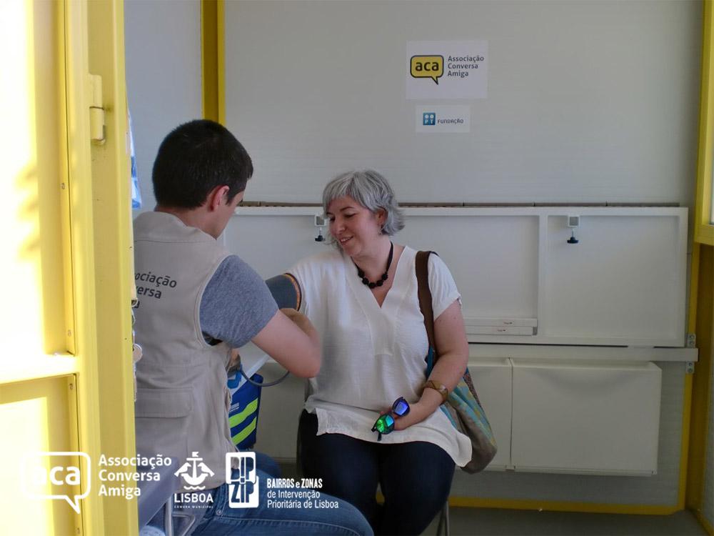 Visita da Sr. Vereadora Paula Marques ao Quiosque da Saúde